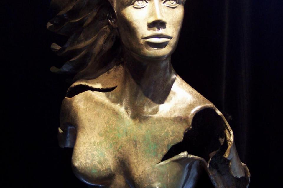 Edit Artwork | Sculpture by Simon Morris | Artists for Conservation
